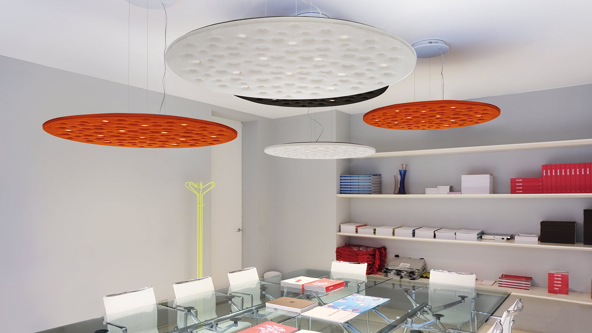Moon craters for an incredible acoustic comfort and an efficient lighting with Silent Field by Artemide