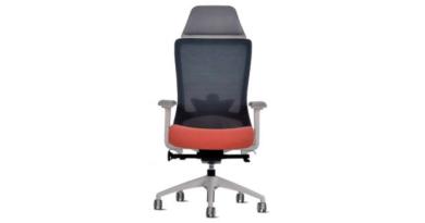 La chaise Winger : Un véritable majordome qui gère notre posture !